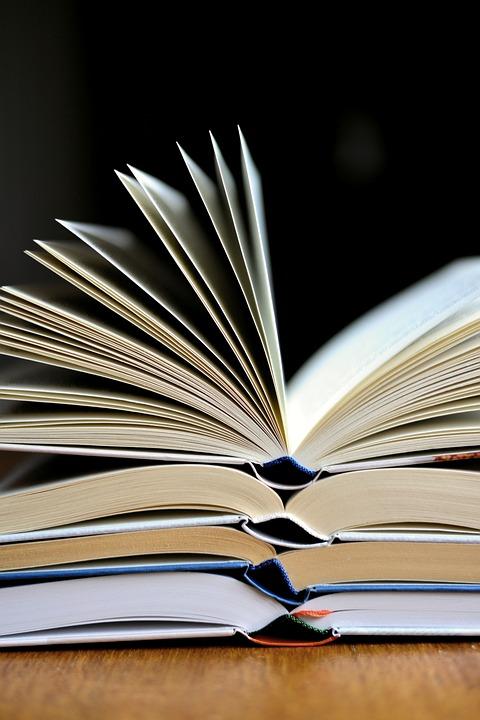 book-3964050_960_720